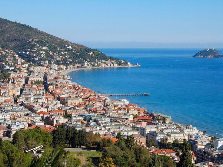 Beach-Alassio-Riviera-Liguria-Italy-Europe.jpg (1920×1440)