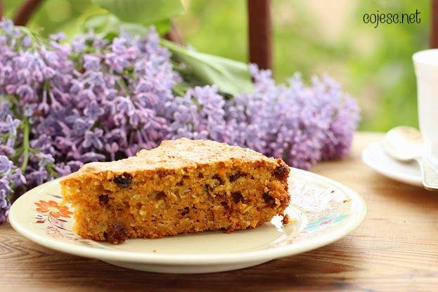 355 zdrowych przepisów dla Ciebie: szybko, smacznie i tanio!: Dietetyczne Ciasto Marchewkowe: idealne do popołudniowej kawy!