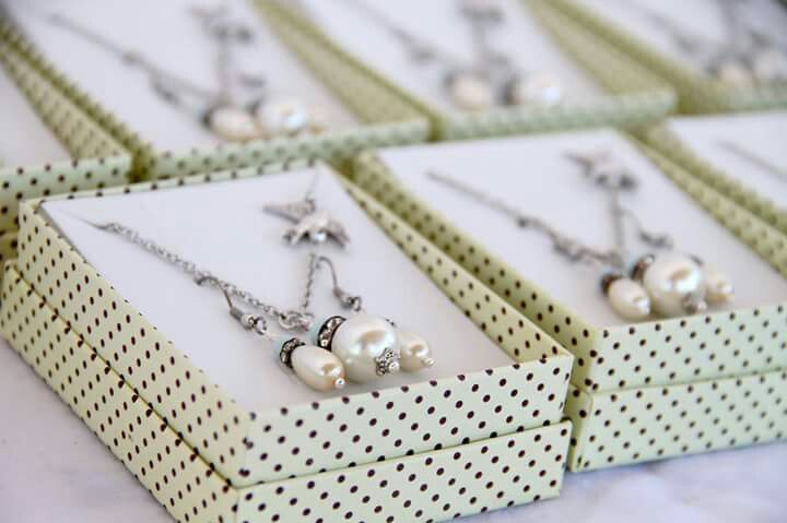 Vintage style bridesmaids gifts - necklaces and earrings. Original design by Heart Jewelry Creations