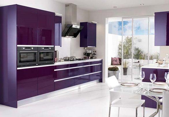 mor renkli mutfaklar mutfak dolaplari tezgah rengi tezgah ustu fayans seramik karolar duvar boyasi (3)