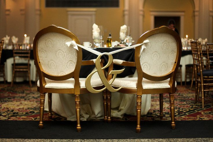 Simple & Sweet Wedding Detail!    Photography by photosbydasha.com: Decor Ideas, Bride Grooms, Cute Ideas, Ampersand Chairs Decor, Receptions Chairs, Sweetheart Tables, Grooms Tables, Chairs Ideas, Head Tables