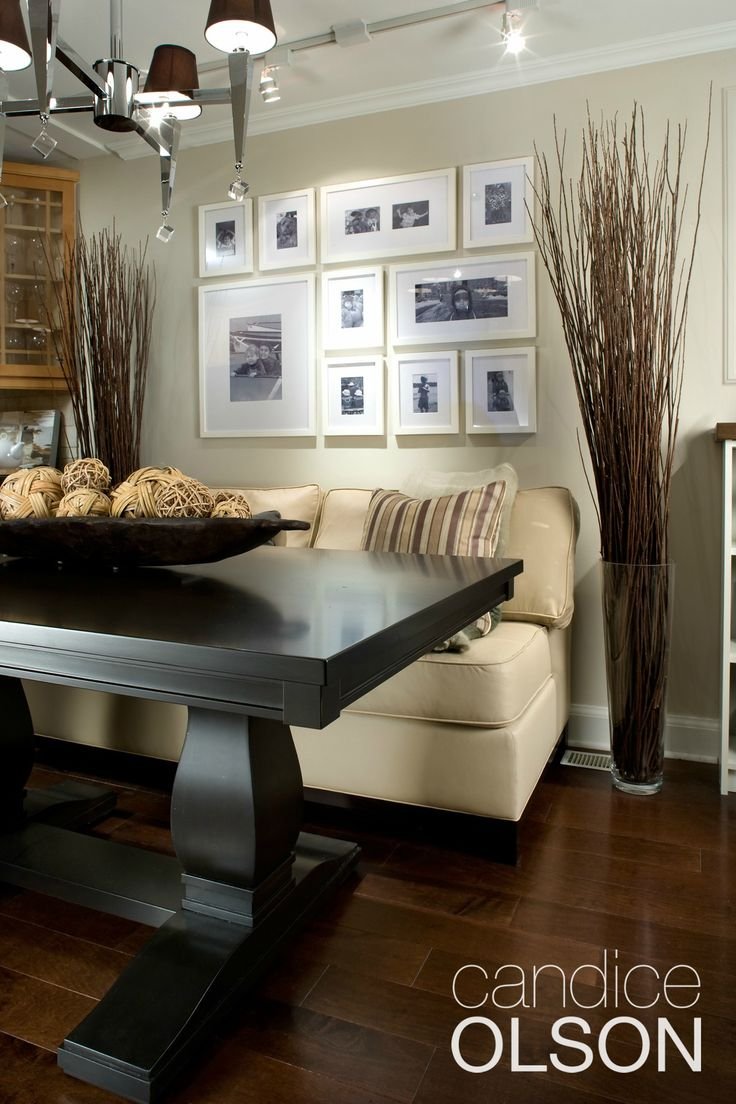 Pedestal Dining Tables Are A Great Solution In Small Spaces Because You Can Pull Up Chairs All Around And No One Needs To Straddle Table Leg