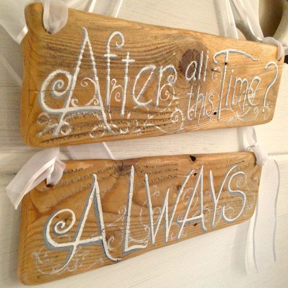 25 Best Ideas About Rustic Wood Signs On Pinterest: Best 25+ Vintage Wood Signs Ideas On Pinterest