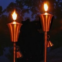 how to make tiki torches burn different colors