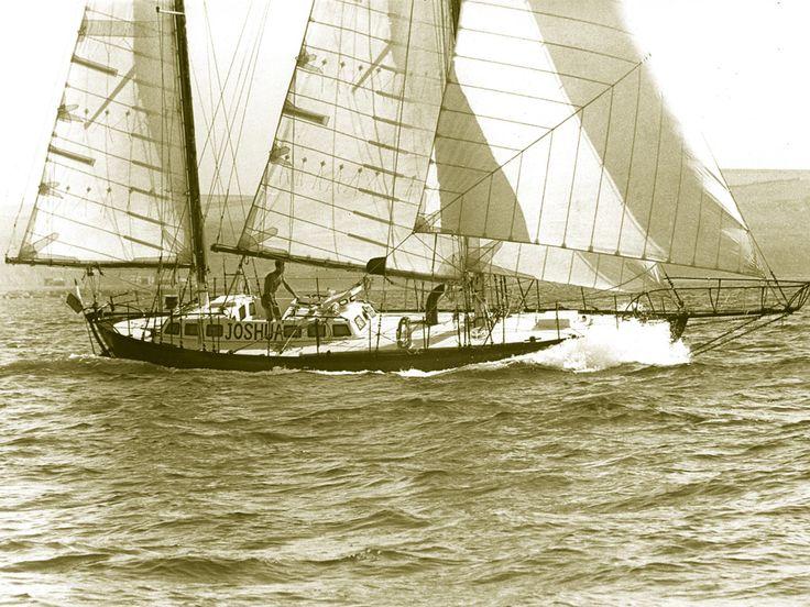 8 best barche images on pinterest sailing yachts and albert einstein la longue route un tour du monde dans le sillage de joshua fandeluxe Gallery