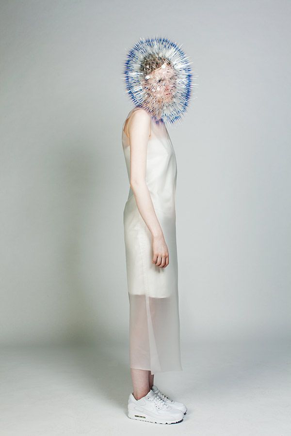 Maiko Takeda  ATMOSPHERIC REENTRY (2013)  Royal College of Art (MA Millinery)