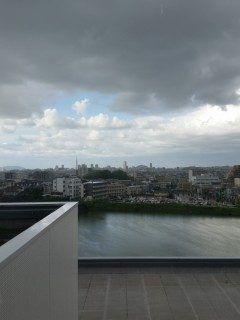 福岡大学病気にチェックイン  晴れ空の下に見えるは福岡タワーにヤフオク!ドーム新館からの景色は絶景です(_) tags[福岡県]