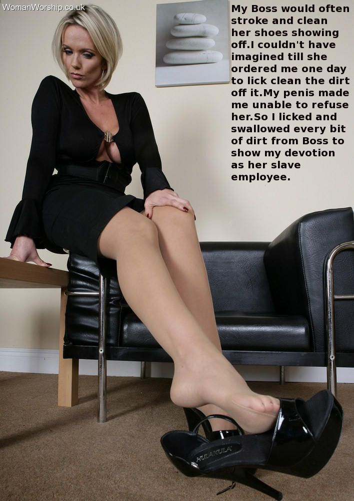 Blonde boss gave the security guy in the building some pussy