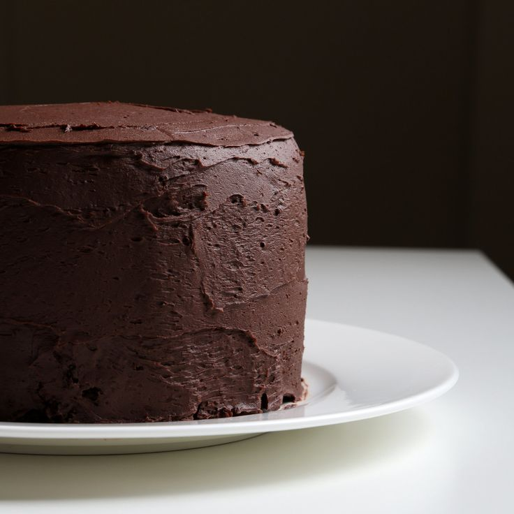 A Chocolate Cake Guaranteed to Garner (AKA yet another chocolate cake recipe...I cant help myself)