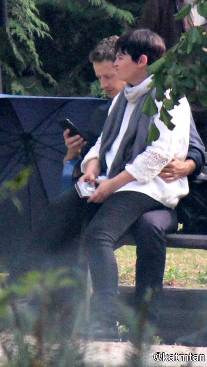 """Ginnifer Goodwin and Josh Dallas  - Behind the scenes - 6 * 5 """" Street Rats"""" - 30th August 2016"""