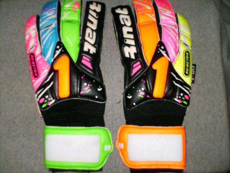Keylor Navas gloves | Andres Ocampo | Pinterest | Gloves