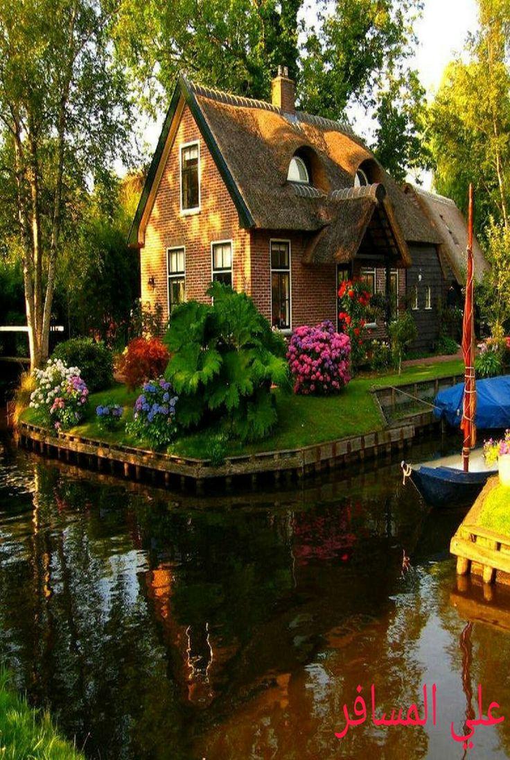 Netherlands, canal cottage