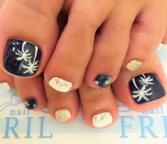 Beach Toe Nail Art                                                                                                                                                                                 More