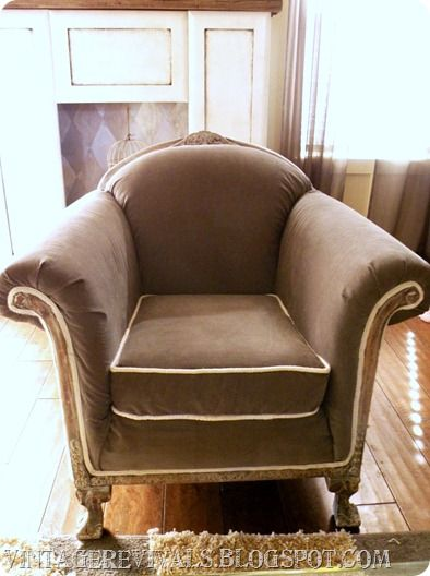 Reupholstered vintage chair.Projects Graveyards, Vintage Chairs, Living Rooms, Vintage Revival, Reupholstery Tutorials, Grey Living Room, Armchairs Redo, Furniture, Chairs Upholstery