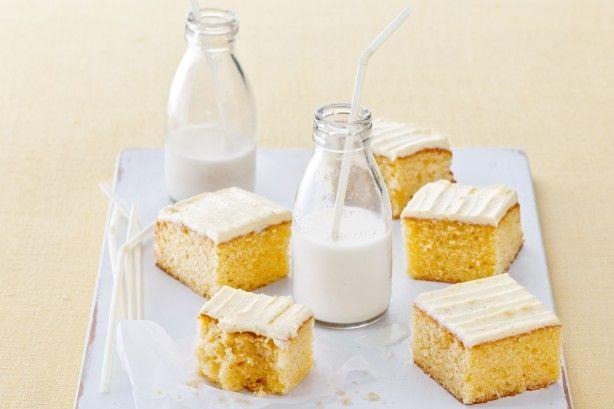 Αφράτο+κέικ+βουτύρου+με+βουτυρόκρεμα+πορτοκαλιού