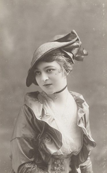 Beautiful Edwardian portrait