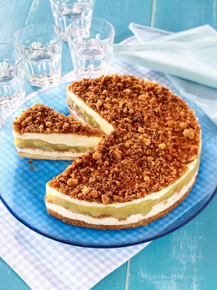 Stachelbeer-Brösel-Torte - Eine sahnige Torte mit Stachelbeer-Pudding für die Kaffeetafel