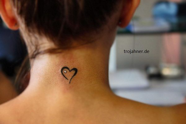 idee:  Good vibes + hartje + anchor  Tiny Heart Tattoo on Back of Neck
