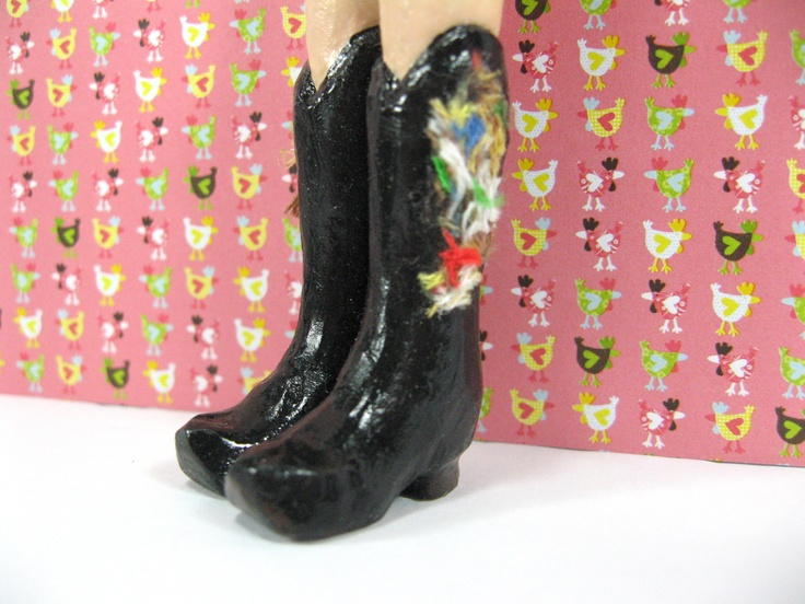 Hot Black Cowboy Boots for those High Kicking Days!