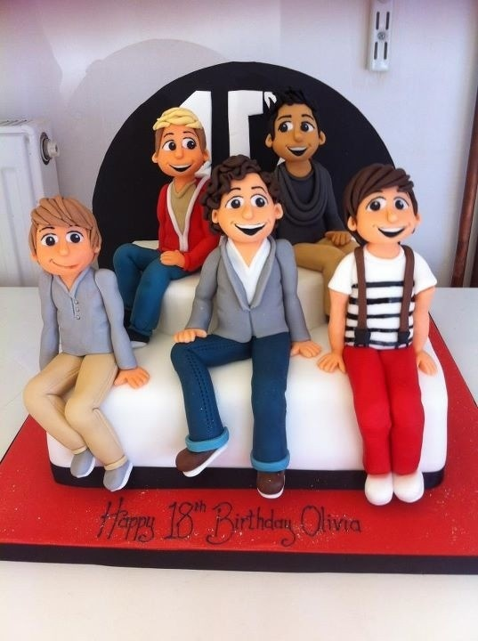 "One Direction cake.<3  change that frosting at the bottom to say ""Happy 19th Birthday Casey"" and it's a done deal.<3"