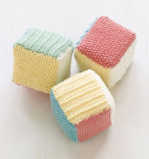Loom Knit Baby Blocks    I love small projects like this one :D    From: http://www.lionbrand.com/patterns/L10238.html