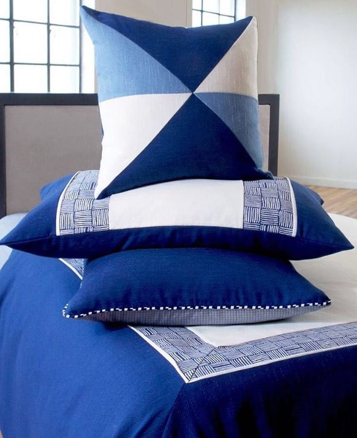 186 best anthony baratta images on pinterest for Anthony baratta luna upholstered bed