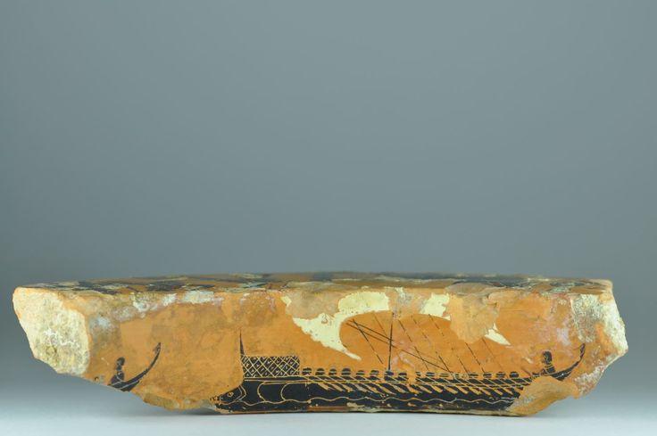 Antimenes painter dinos, Greek attic black-figured dinos fragment, 520-510 B.C. Greek attic dinos fragment, Antimenes painter, with Greek ships and frieze with quadriga, Athena and Herakles, 19.2 cm long. Private collection