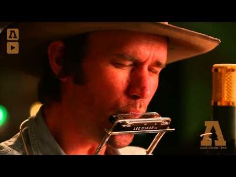 Willie Watson - James Alley Blues - Audiotree Live - YouTube