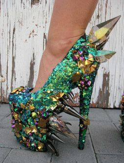 these are crazy but kind of cool....not that i'd ever wear!m them hahaha