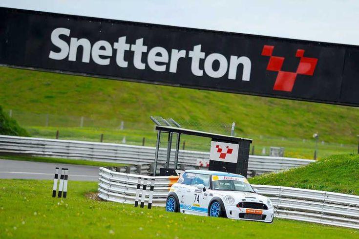 Snetterton circuits hosts various racing events