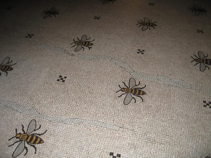 File:Mancunian Bees.jpg