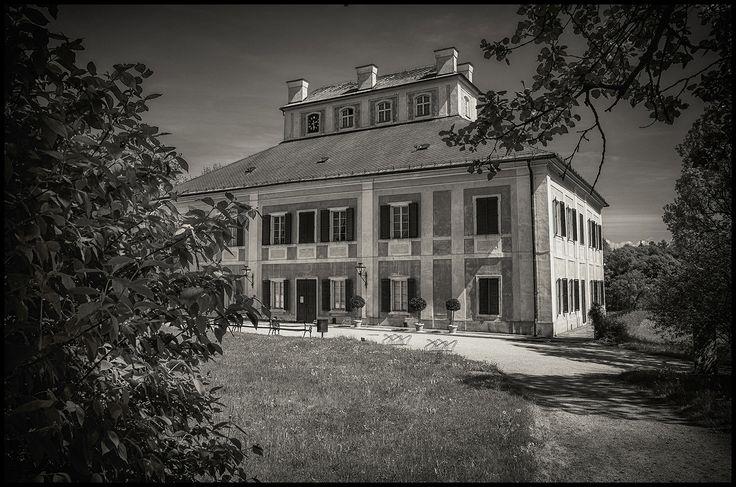 Chateau Ratibořice bw by Václav Verner on 500px