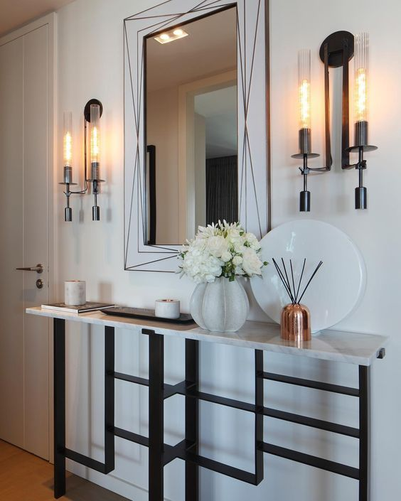 Squeeze Some Style With These Small Hallway Interior: Best 25+ White Console Table Ideas On Pinterest