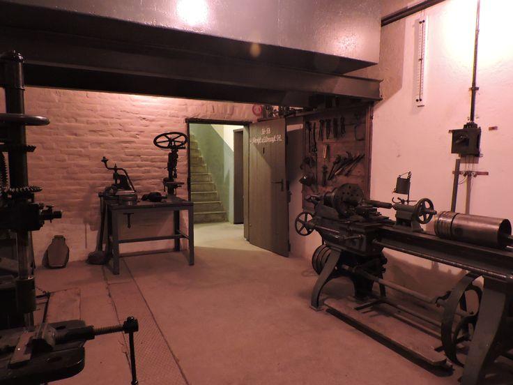 Atelier de réparation au Fort de Mutzig en Alsace
