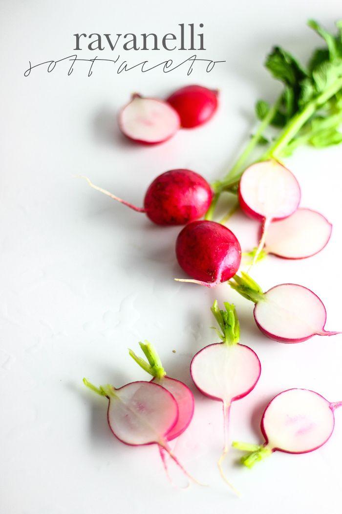 quick pickled radishes - ravanelli sottaceto