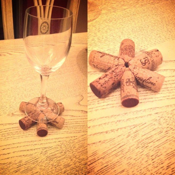 #new #handmade #coaster #corks  E❤ Sughero