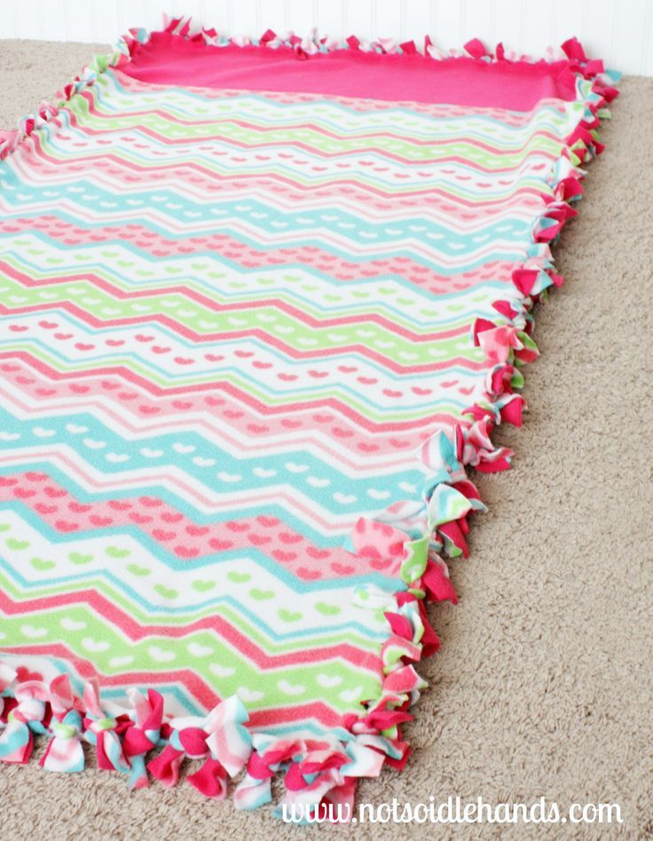 No~Sew Sleeping Bag for Kids...Makes A Great Gift! @NotSoIdleHands.com