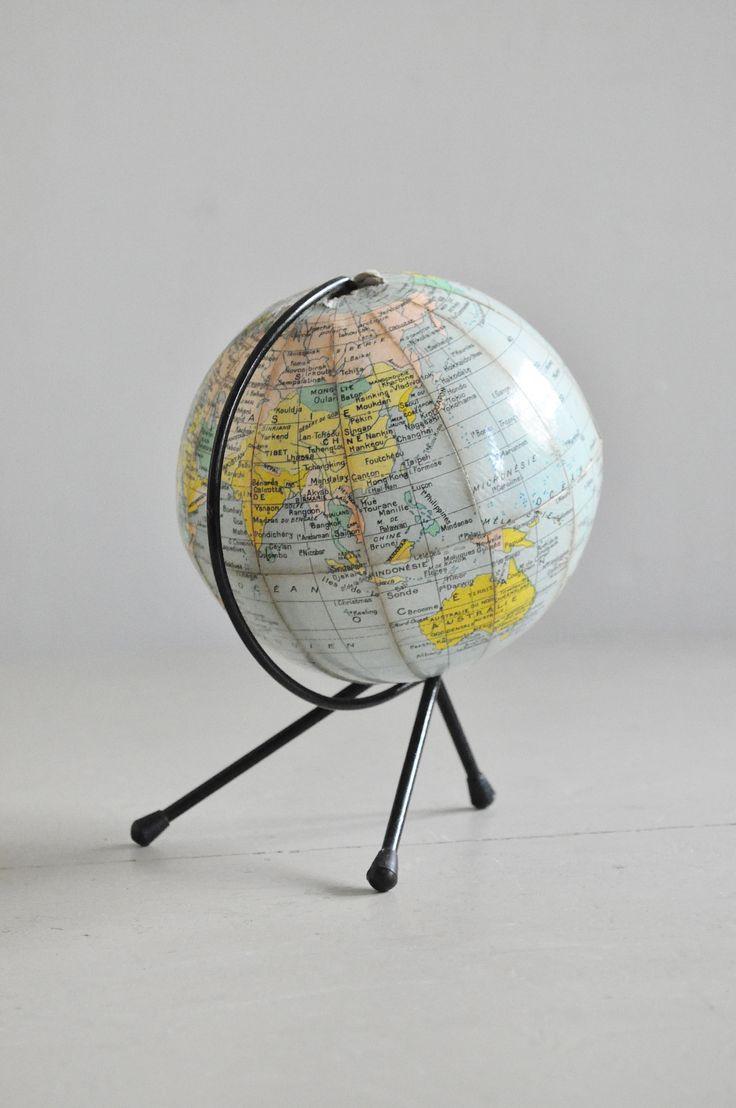 petit globe terrestre stuff pinterest globe terrestre globe et mappemonde. Black Bedroom Furniture Sets. Home Design Ideas