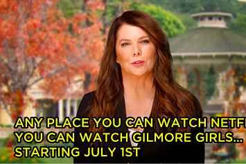 """Lauren Graham Invites The Whole World To Watch """"Gilmore Girls"""" In A New Netflix Promo"""