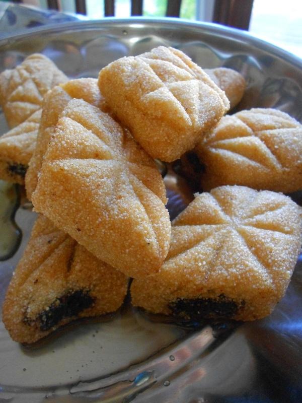 De 25 b sta id erna om makrout aux dattes bara p for Algerian cuisine youtube