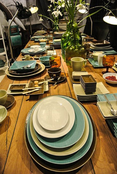 Mesh Dinnerware from Rosenthal is available in colors! Accent your table with the unique embossed design, or make a bold statement with large serving platters from the creative collection.