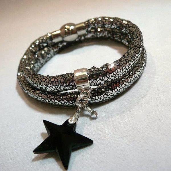 Brand new glitter bracelets from www.meekaboodesigns.co.uk