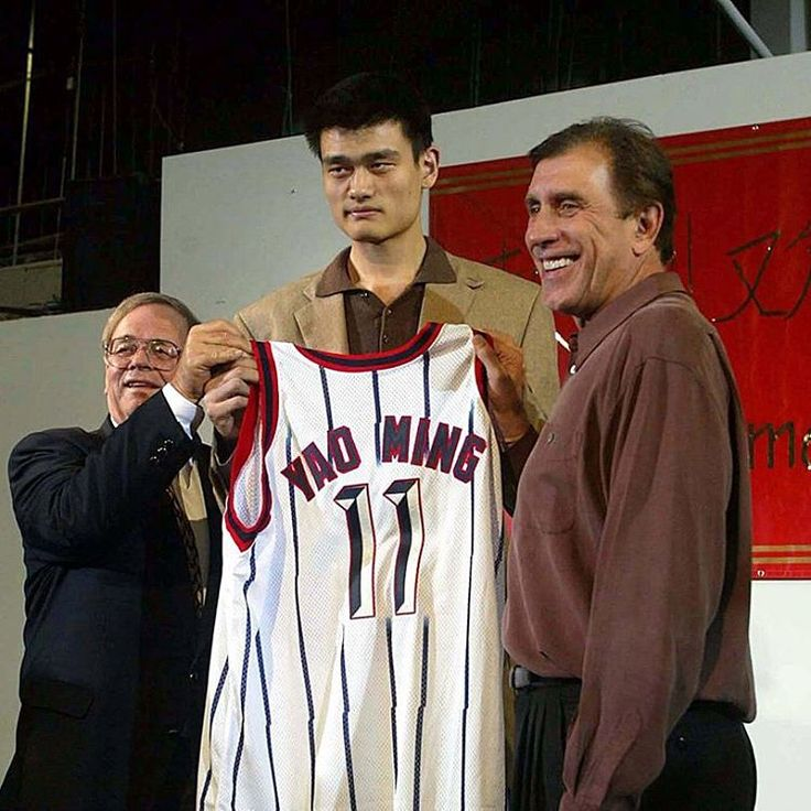 On this date, 14 years ago, the #houston #rockets selected #yao #ming with the #first overall pick in the 2002 NBA #draft  #yaoming #thedynasty #100 #houstonrockets #rocketsnation #texas #nba #nbadraft #draftnba #basket #basketball #legend #history #retro #vintage #picoftheday #pictureoftheday #like4like #likeforlike #sunday