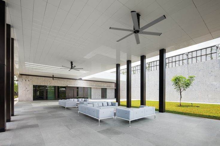 Gallery of New Australian Embassy Jakarta / Denton Corker Marshall - 42