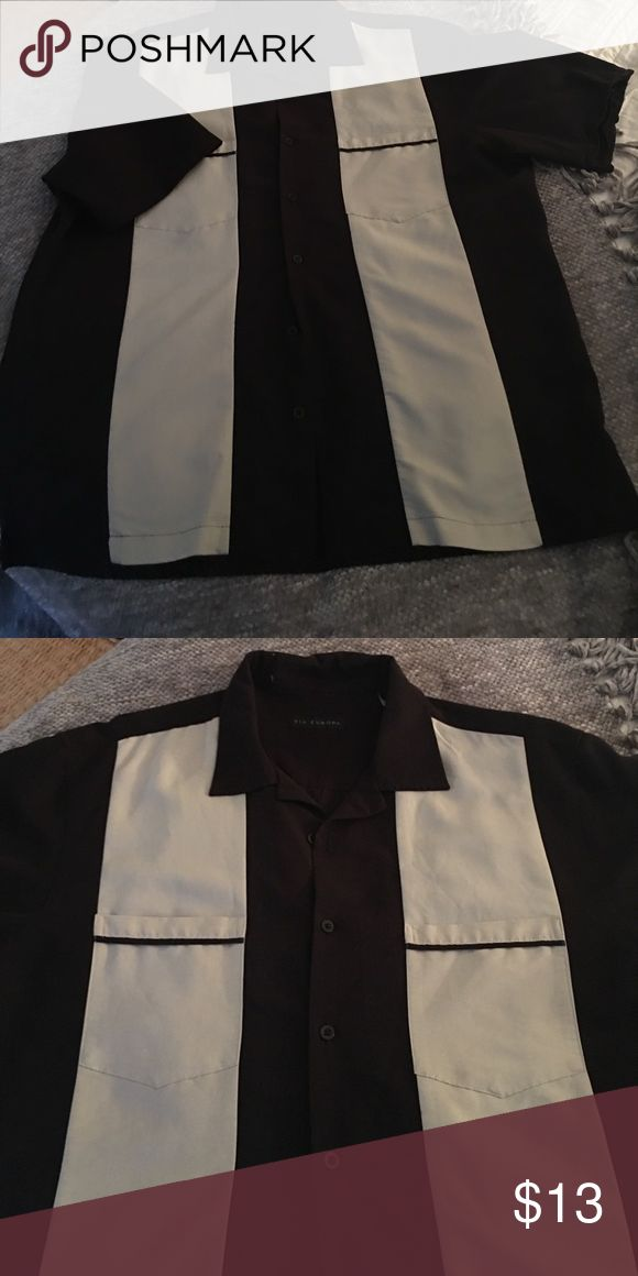 """Men's short sleeve button down shirt Black and cream men's """"Charlie Sheen"""" button down shirt or could be perfect bowling shirt!  Only worn a few times. Via Europa Shirts Casual Button Down Shirts"""