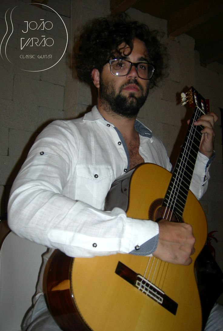 João Varão em estúdio