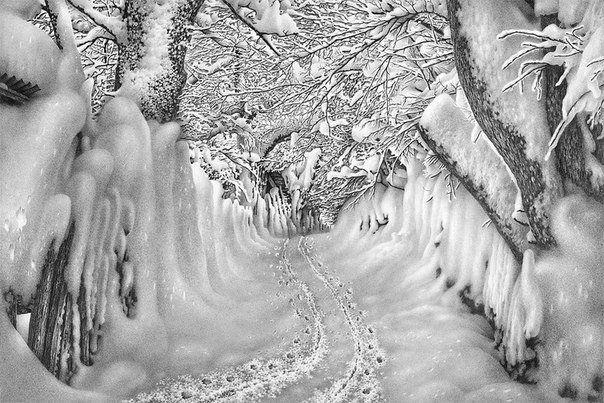 Рисунки снега простым карандашом художника Гурама Доленджашвили.