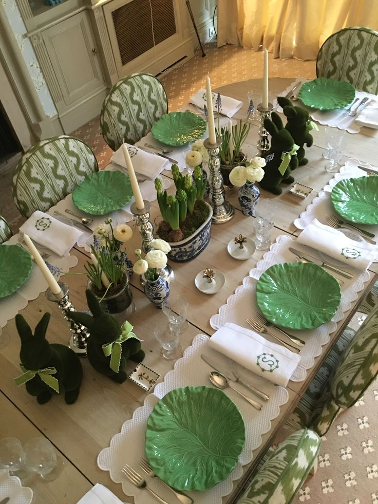 Gorgeous EASTER table in Greens