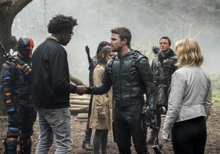 "*Spoiler alert!!* ""Arrow"" Actor Won't Be Returning for Season 6!"