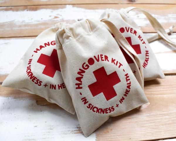 Hangover Kit Wedding Favour – The Personalised Wedding Company